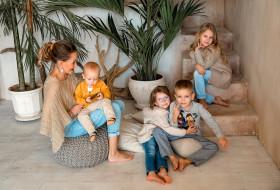 Дарья с детьми